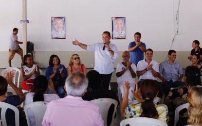 Vicentinho Alves recebe apoio de educadores e servidores da saúde em Porto Nacional