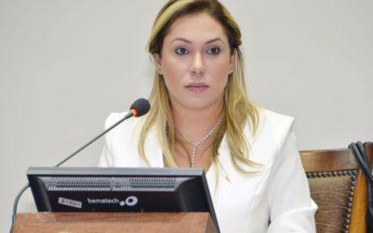PL de Luana Ribeiro que cria Procuradoria da Mulher é aprovado na Assembleia