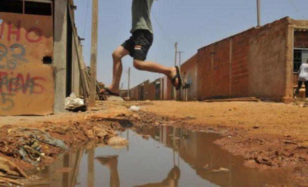 61% das crianças e dos adolescentes no Brasil vivem na pobreza