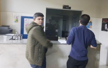 Vereador Major Negreiros chega a Palmas após ser preso no aeroporto do RJ