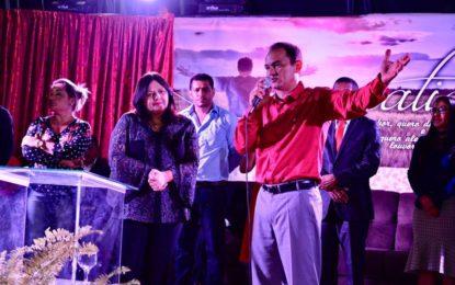 Deputada Valderez participa de culto de ação de graças em Morro Grande