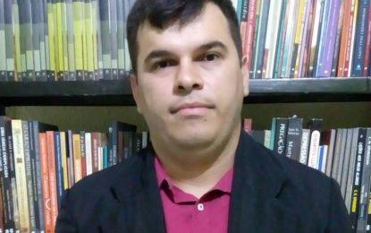 Pastor Marcos Fernando lança livro em Paraíso do Tocantins